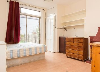 Thumbnail Room to rent in Larch Road, Cricklewood, London