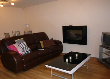Thumbnail 1 bed flat to rent in Clifton Street, London