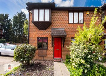 Thumbnail 2 bed property to rent in Avenue Road, Finchley