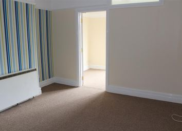1 bed flat to rent in Connaught Road, Roath, Cardiff CF24