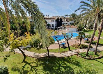 Thumbnail 2 bed apartment for sale in Estepona, Málaga, Spain