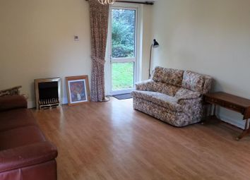 Thumbnail 3 bed flat to rent in Gordon Road, Finchley