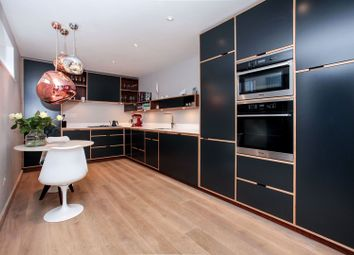 Thumbnail 2 bed detached house for sale in 45A Queens Avenue, Winchmore Hill
