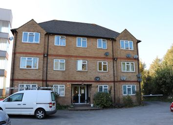 Thumbnail 1 bed flat to rent in Wesley Dene, High Wycombe
