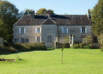 Thumbnail Country house for sale in 23800 Naillat, France