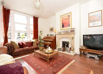 3 bed property for sale in Whittington Road, Bowes Park N22