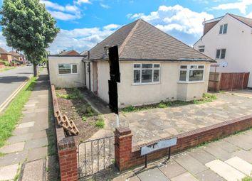 Thumbnail 3 bed detached bungalow to rent in Mahlon Avenue, Ruislip