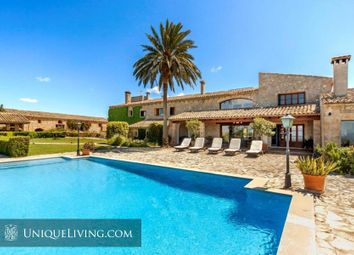 Thumbnail 8 bed villa for sale in Alcudia, Mallorca, The Balearics