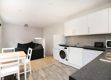 Thumbnail 5 bed flat to rent in Westgate Road, City Centre, Newcastle Upon Tyne