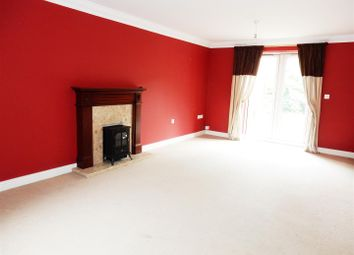 Thumbnail 6 bed detached house for sale in Belgravia Court, Worksop