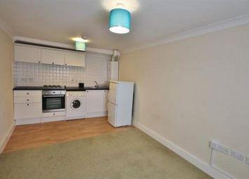 Thumbnail 1 bedroom flat to rent in Queens Road, Farnborough