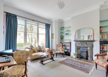 Thumbnail 6 bed terraced house for sale in Leaside Avenue, Muswell Hill, London