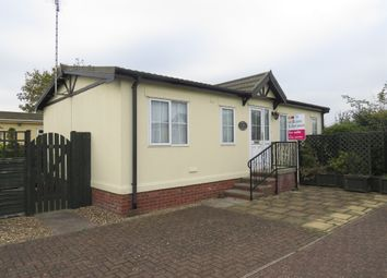 Thumbnail 2 bed mobile/park home for sale in Osborne Residential Park, Osborne Road, Wisbech
