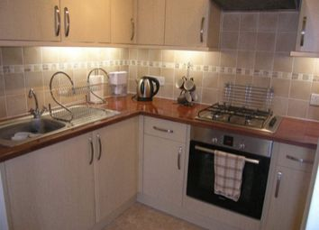 Thumbnail 1 bed flat to rent in Salisbury Road, Reading