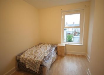 Thumbnail 4 bed shared accommodation to rent in Clare Road, Grangetown, Cardiff