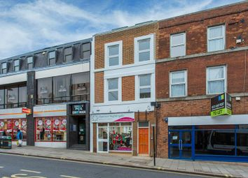 Thumbnail Commercial property to let in 1 Bedroom Apartment, 3rd Floor, High Street, Aylesbury, Bucks