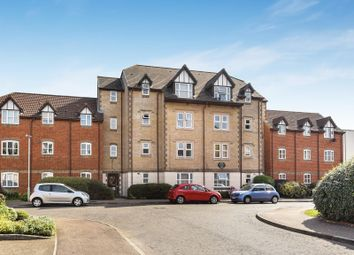 Thumbnail 2 bedroom flat for sale in Sherwood House, Rembrandt Way, Reading