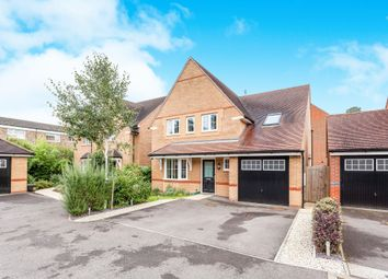 Thumbnail 5 bedroom detached house for sale in Little Paddock Close, Crawley