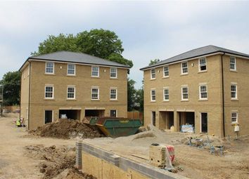 Thumbnail 3 bed town house for sale in Halfway Road, Minster-On-Sea, Kent