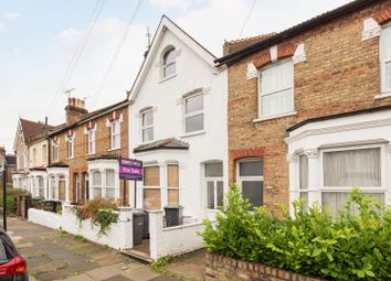 Thumbnail 2 bedroom flat for sale in Shropshire Road, Bounds Green