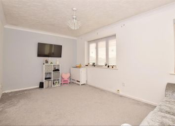 2 bed maisonette for sale in Brickfield View, Frindsbury, Rochester, Kent ME2