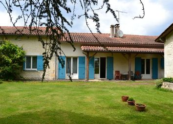 Thumbnail 2 bed equestrian property for sale in St Antoine, Saint-Antoine-Cumond, Saint-Aulaye, Périgueux, Dordogne, Aquitaine, France