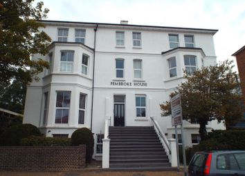 Thumbnail 2 bed flat to rent in Upperton Road, Eastbourne