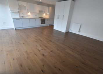 Thumbnail Studio to rent in Bishops Road, Slough