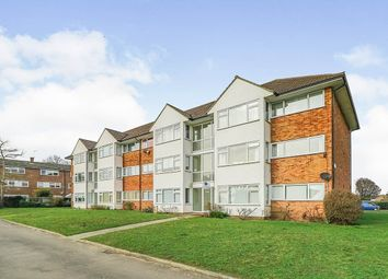 2 bed flat to rent in Lavender Court, West Molesey KT8