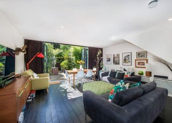 Thumbnail 3 bedroom flat for sale in Doughty Court, Wapping