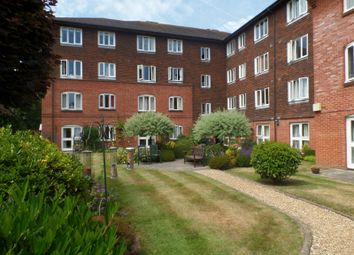 Thumbnail 1 bedroom flat to rent in Stockbridge Road, Chichester