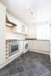Thumbnail 2 bed flat to rent in Grosvenor Avenue, London, Angel