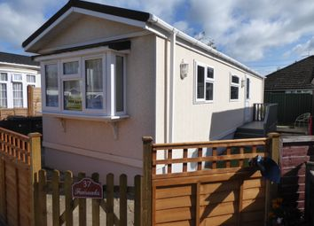 Fairoaks Park, Aldershot Road, Guildford, Surrey GU3. 2 bed mobile/park home