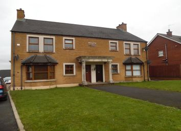 Thumbnail 2 bedroom flat to rent in Aylesbury Place, Newtownabbey