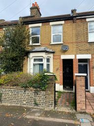 4 bed terraced house to rent in Woodlands Road, London E17
