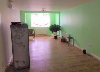 Thumbnail Studio to rent in Sudbury Heights Avenue, Greenford