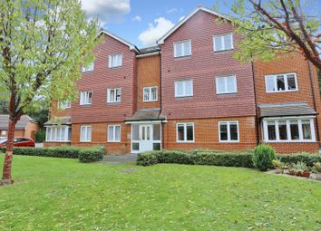 Thumbnail 2 bed flat for sale in Knotley Way, West Wickham