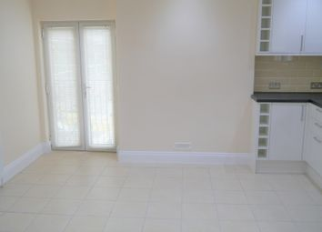 Thumbnail 3 bed flat to rent in St Johns Hill, Sevenoaks