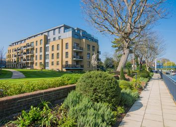 Thumbnail 1 bed flat to rent in Pinewood Gardens, Teddington