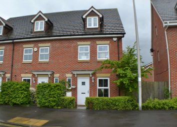 3 bed town house for sale in Urquhart Road, Thatcham RG19