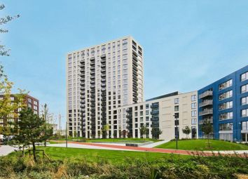 Thumbnail 2 bed flat to rent in Grantham House, London City Island, London
