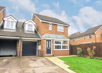 3 bed link-detached house to rent in Delapre Drive, Banbury OX16