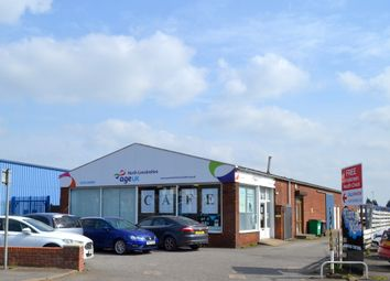 Thumbnail Retail premises to let in Crosby Road, Scunthorpe North Lincolnshire