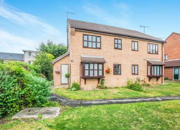 Thumbnail 1 bed end terrace house for sale in Simpson Close, Maidenhead