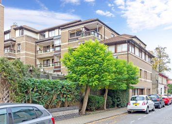 Thumbnail 2 bedroom flat to rent in Beaufort Place, Thompsons Lane, Cambridge