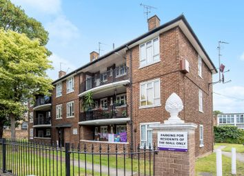 Thumbnail 4 bedroom flat to rent in Boston Manor Road, Brentford