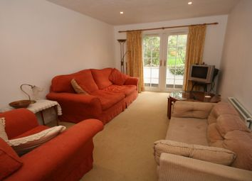 Thumbnail 1 bed flat to rent in Suffolk Road, Maidenhead