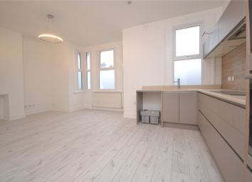 Thumbnail 2 bed flat to rent in Park Avenue, Alexandra Park