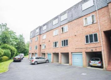 2 bed flat to rent in Jason Close, Brentwood CM14
