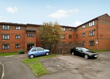 Thumbnail 1 bed flat to rent in Chaffinch Close, Tolworth, Surbiton